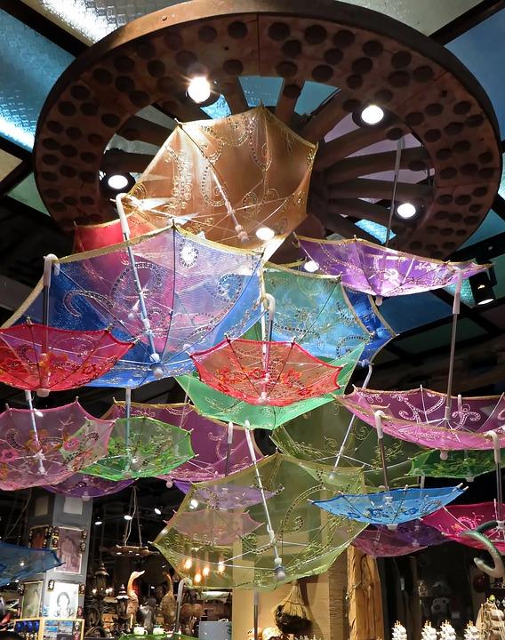 umbrella-decor-theme-wedding